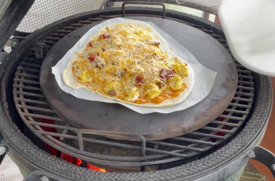 Own - Delicious Breakfast Pizza on the Big Green Egg (Kamado Joe) - Place Breakfast Pizza on Big Green Egg