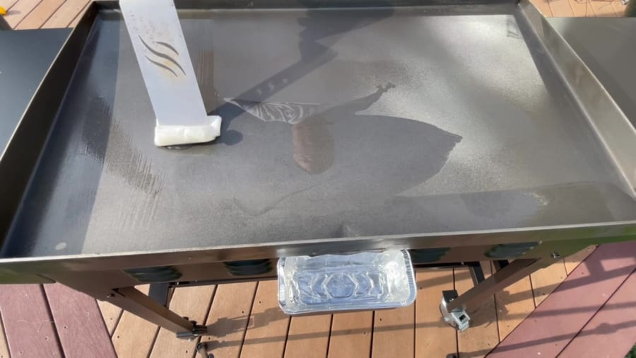 Own - How to Season Blackstone Griddle - Coat Griddle Top